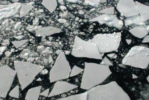 船からの流氷